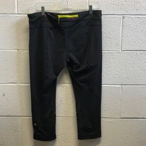 lululemon athletica Pants - Lululemon black run inspire crops sz 12 61988